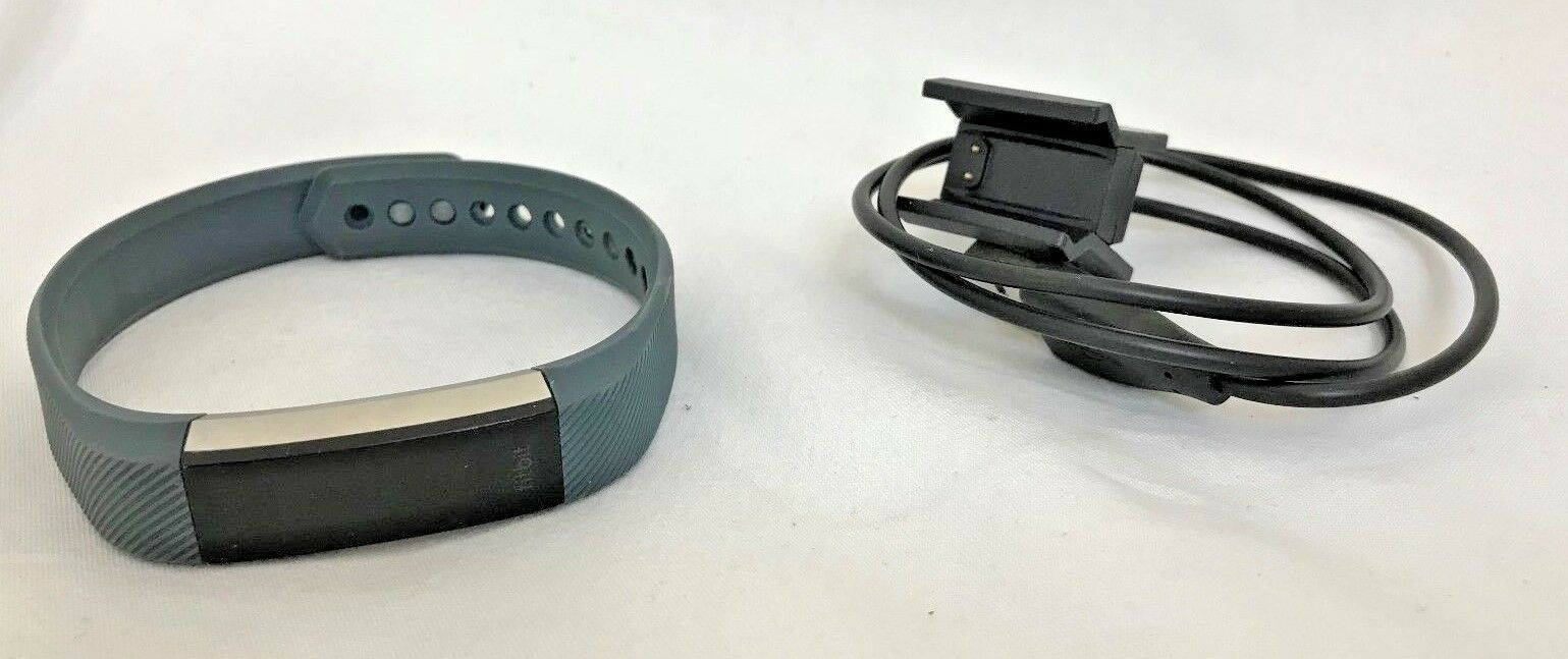 Fitbit Alta - HR with Small Band & Charger - Alta Grauish Blau 23-5N dd5f03