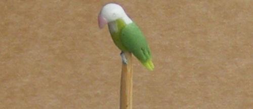 1:12 scala verde /& bianco 1.2 cm Bird su un bastone tumdee giardino di casa delle bambole e