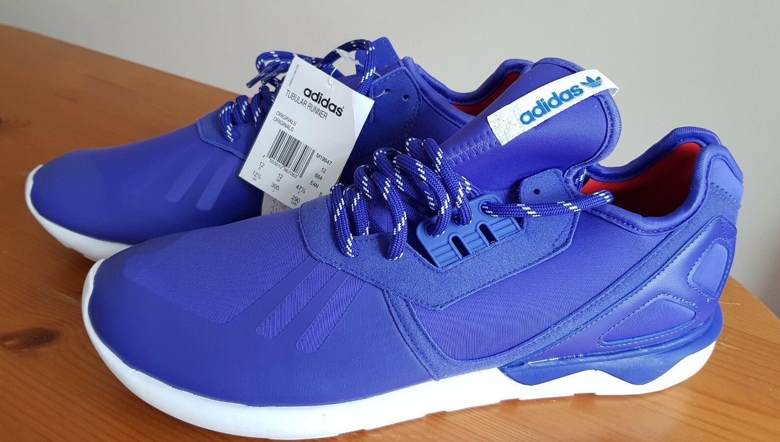 ADIDAS Runner Sneaker Uomo TUBULAR UK Taglia 12 (EUR 47 1/3) NUOVO CON ETICHETTA Scarpe classiche da uomo