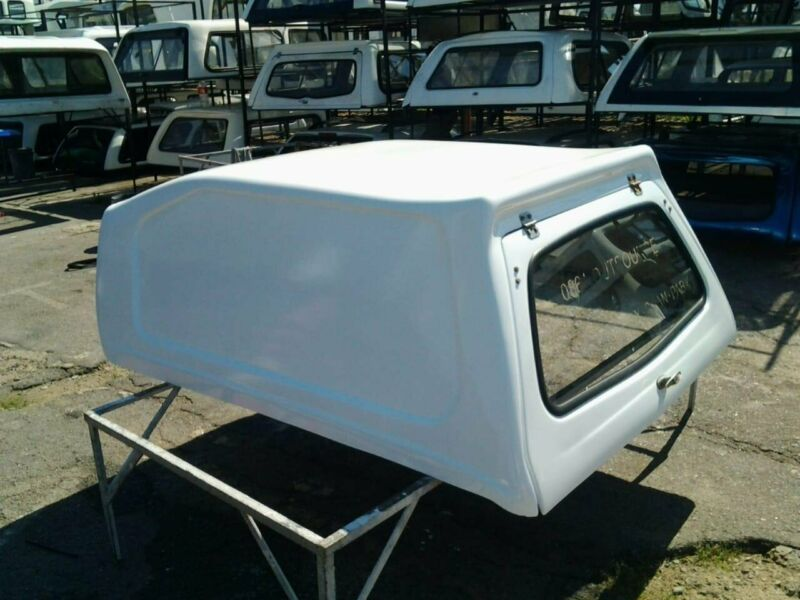 CHEVROLET UTILITY HI-LINER BLINDSIDED USED GOOD CONDITION CANOPY FOR SALE!!!