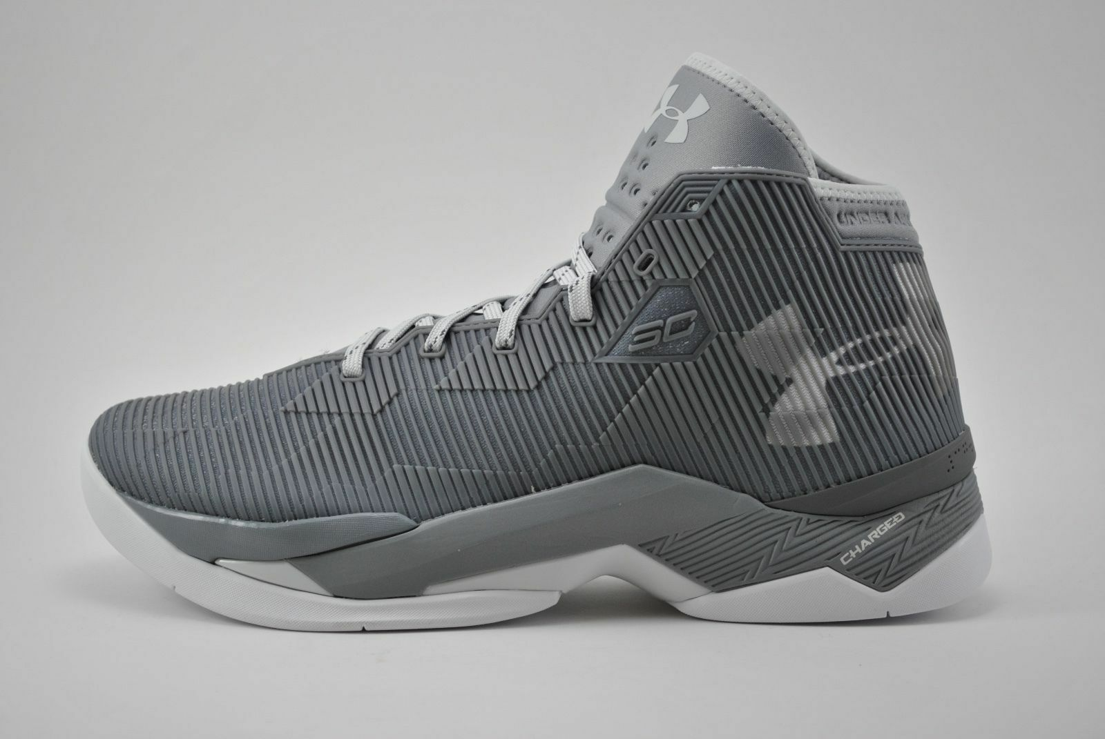 sports shoes 11ce3 af1aa Under Armour UA Curry 2.5 Basketball Shoes Size 8.5 - 15 Grey White  1274425-040