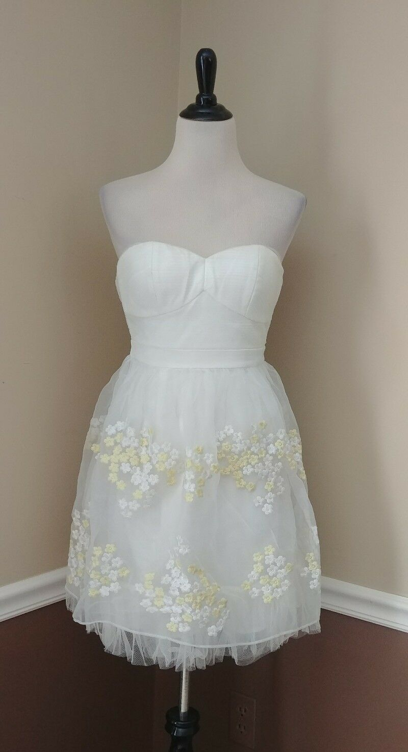 NWT White Short Strapless Prom Dress w Yellow Embroidered Flowers Tulle Modcloth