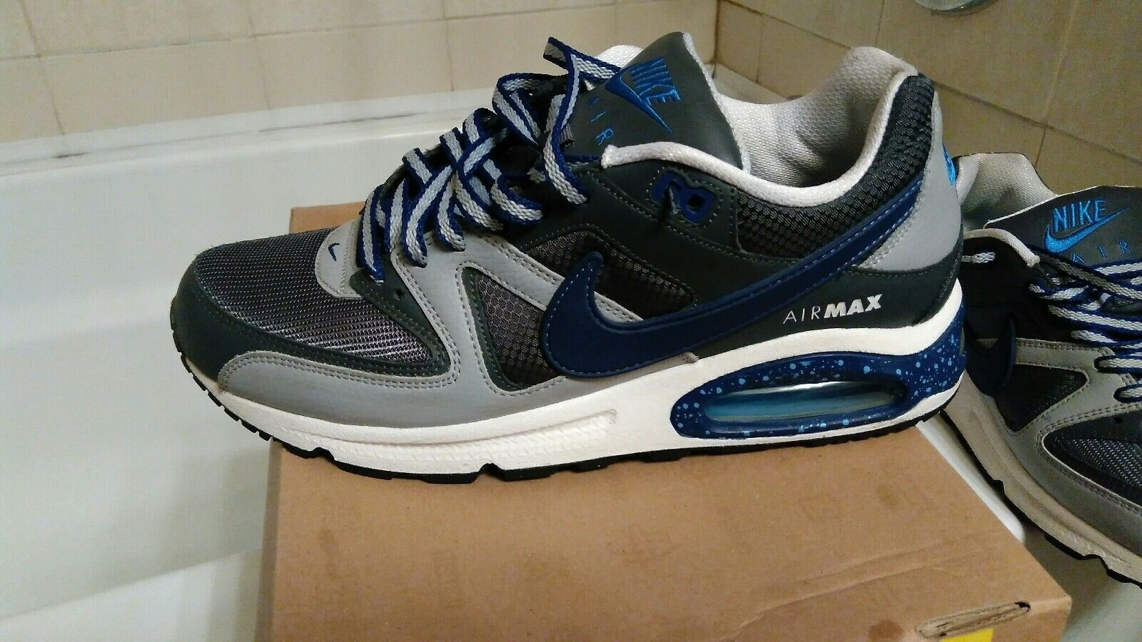 men nike shoes 10.5  Cheap and fashionable