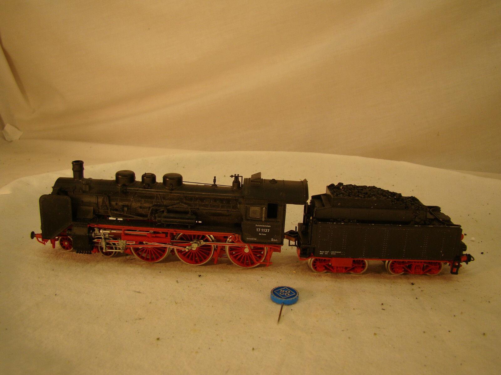 4-6-0  Roco Steam Locomotive - used for passenger trains - beautiful item - HO
