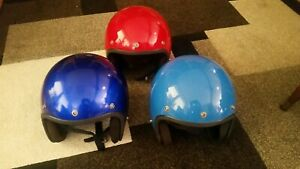VINTAGE-1977-BUCO-Motorcycle-Helmets-RARE-UMARKED-Blue-Red-LOT-OF-3