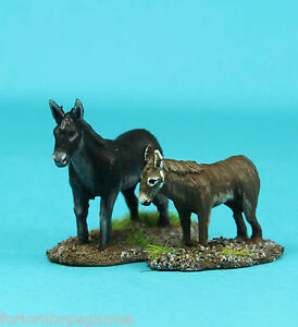 Donkeys-2-20mm-metal-miniature-Warhammer-Unpainted-modern-historical-wargames