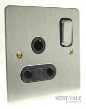 MK K14383 BSS B Edge Range - 15a Round Pin Single Socket  NIB