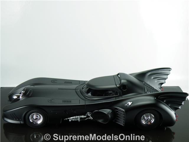 Batimóvil Batman Returns Película Coche Modelo 1 24 24 24 escala ejemplo de Color negro T312Z (=) 436a7c