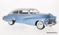 Cadillac Series 62 Club Coupe 1946  met.-hellblau  1:18 BOS
