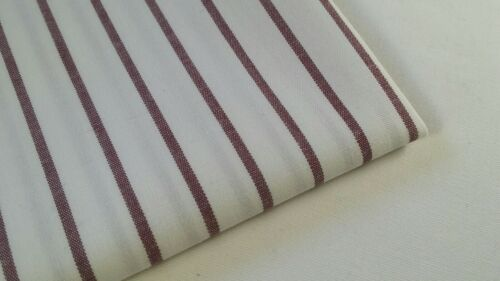 """50/"""" de ancho por la yarda. Tela de algodón de rayas con blanco//color Borgoña"""