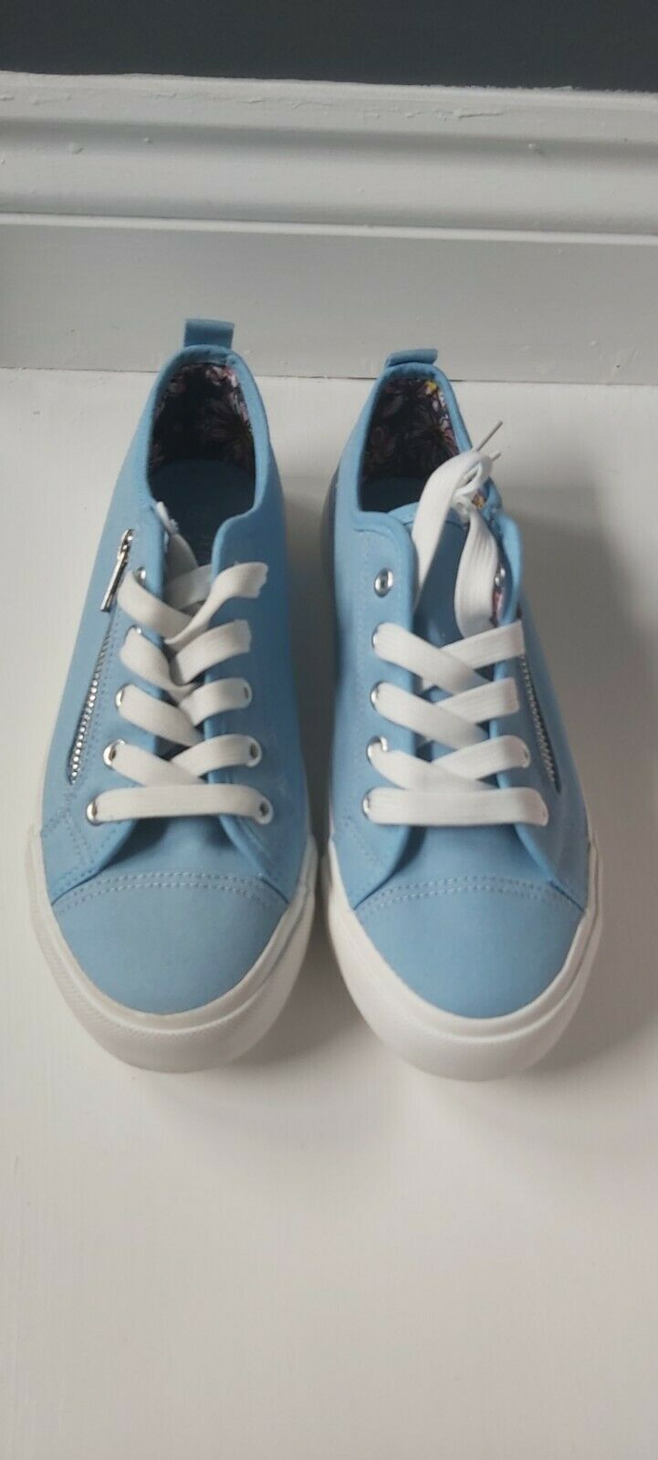 Ladies light blue trainers size 5