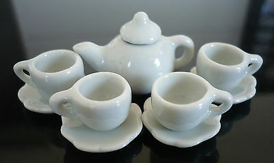 Tiny White Coffee Cup with Scalloped Plates/Teapot  Dollhouse Miniatures Food