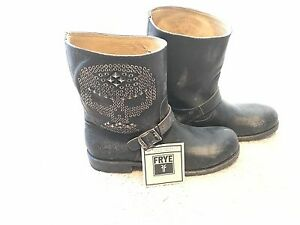 !!!! Authentic !!!! Limited Edition Skull Studded Mens FRYE Boots, Black New