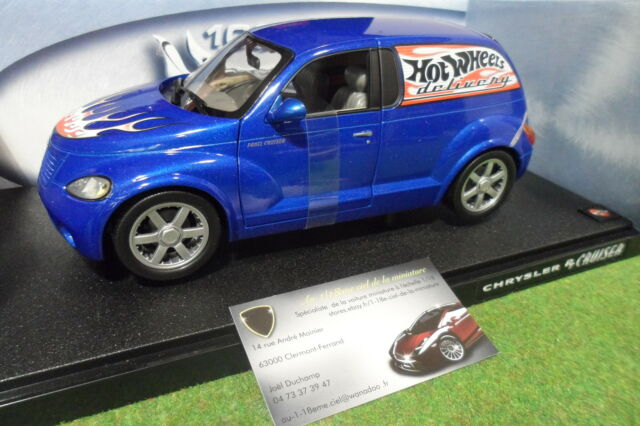 CHRYSLER PANEL CRUISER bleu 1/18 HOT WHEELS 29616 voiture miniature d collection