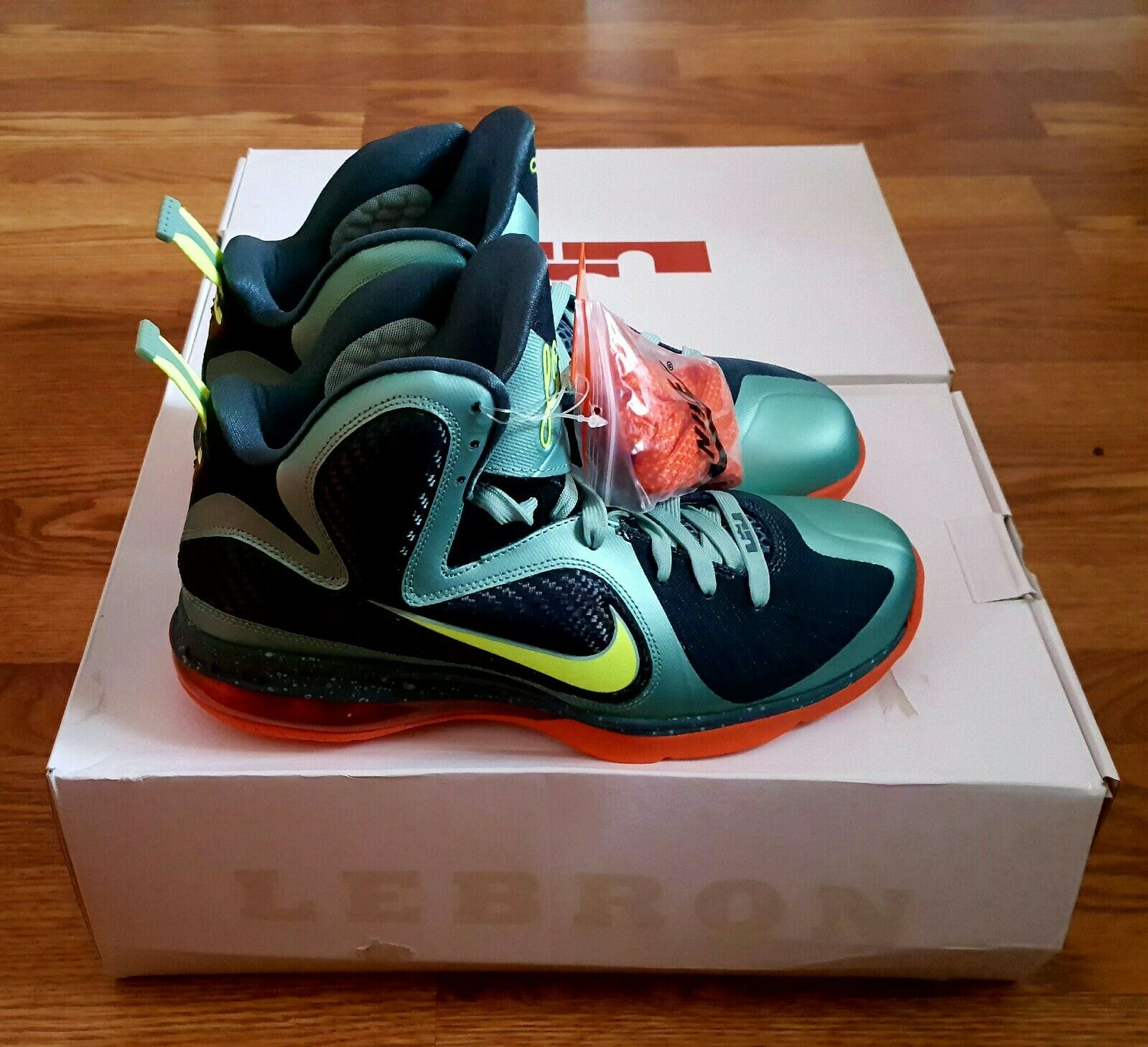 NIKE LEBRON 9/MIAMI ORANGE/ HURRICANES INSPIRED/ CANNON VOLT SLATE BLUE ORANGE/ 9/MIAMI SZ, 9.5 e864ba