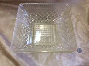 Vintage Indiana Clear Crystal Glass Square Bowl with Diamond Pattern  1940/'s