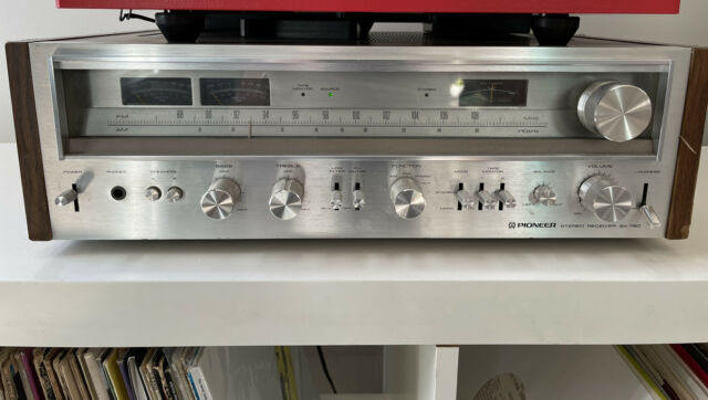 Vintage Pioneer SX-780 Stereo Receiver - silver, great condition, fully working