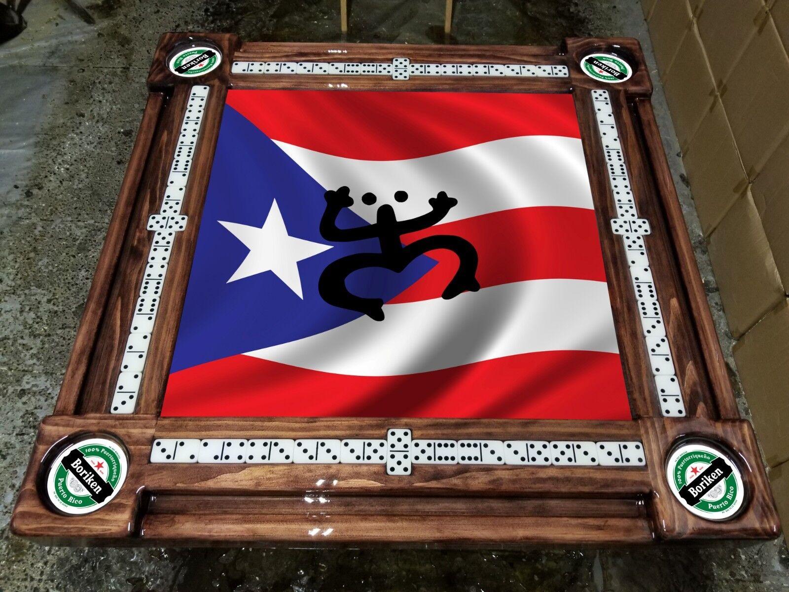 Bandera puertorriqueña con Coqui Tainos por Mesas De Domino Al Arte