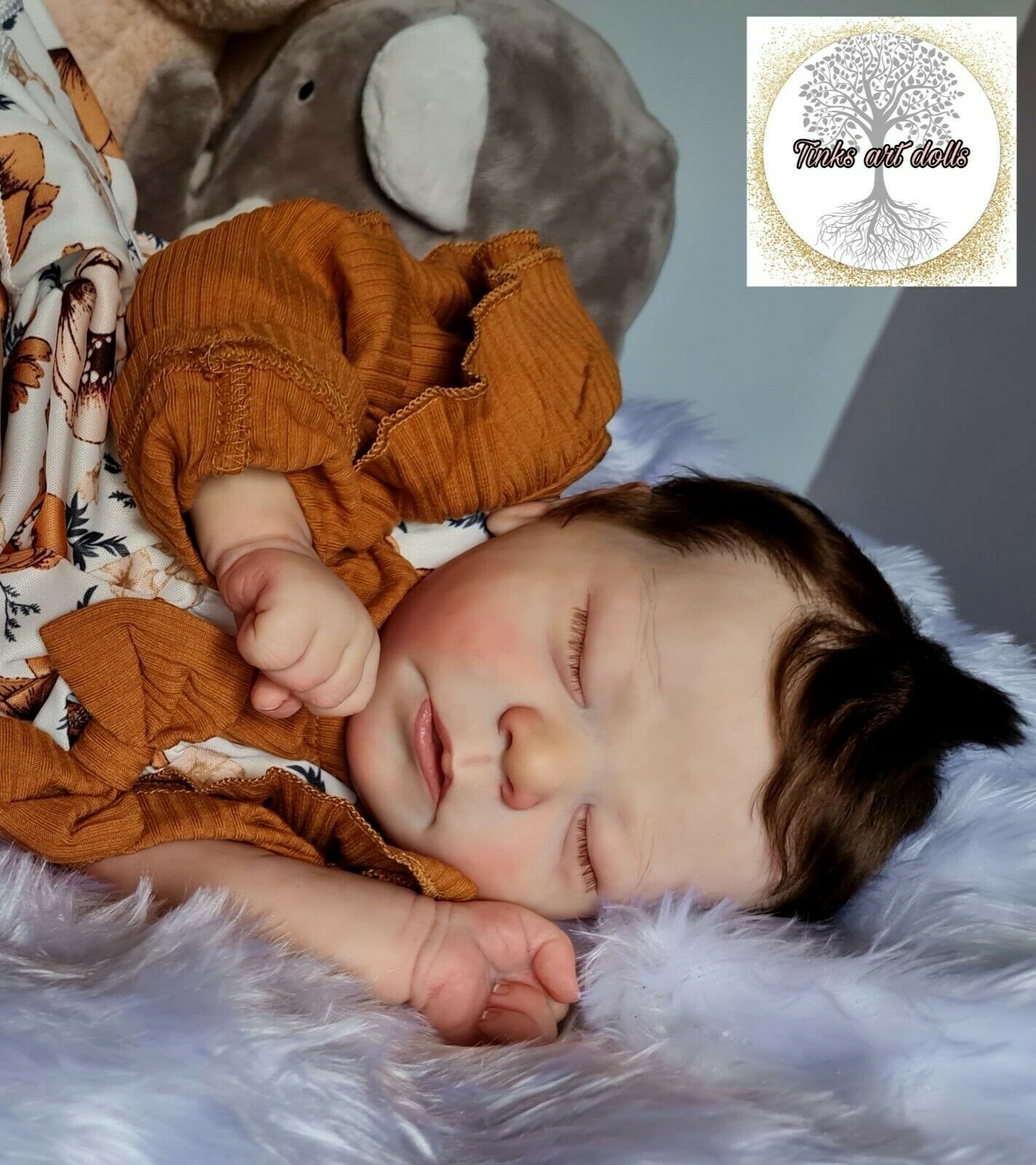 Reborn baby girl Beautiful hand painted and rooted realistic doll newborn