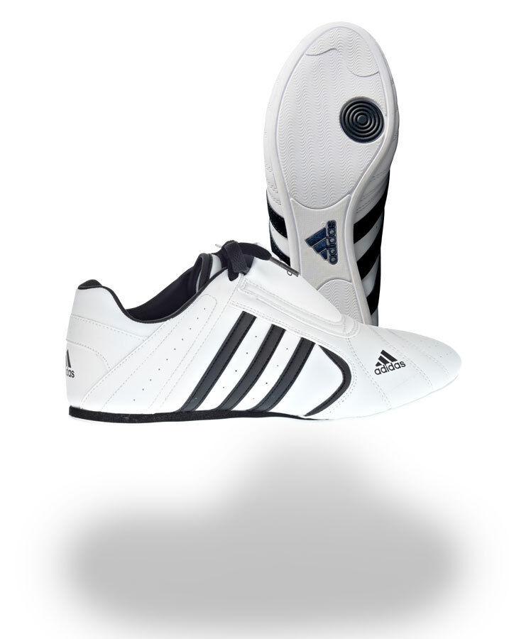 Adidas SM III, Taekwondo Schuhe, Turnschuhe, in weiß