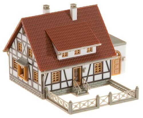 FALLER 232215 Fachwerkhaus mit Garage Bausatz N