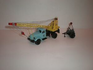 1-43-Russian-truck-ZIL-164-AK75-auto-crane-with-small-trailer-Saratov-Laboratory