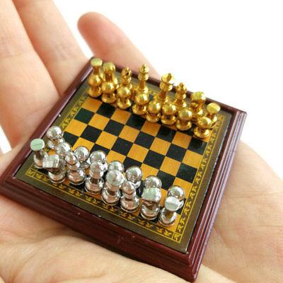 Jeu d/'échecs En Métal 1:12 Miniature Maison de poupée Argenté Et Doré