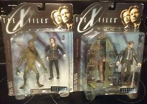 THE X FILES Agent Fox Mulder and Scully Action Figurine Series 1