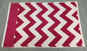 Pottery Barn Pb Teen Pink Magenta Chevron Hand Towels Set