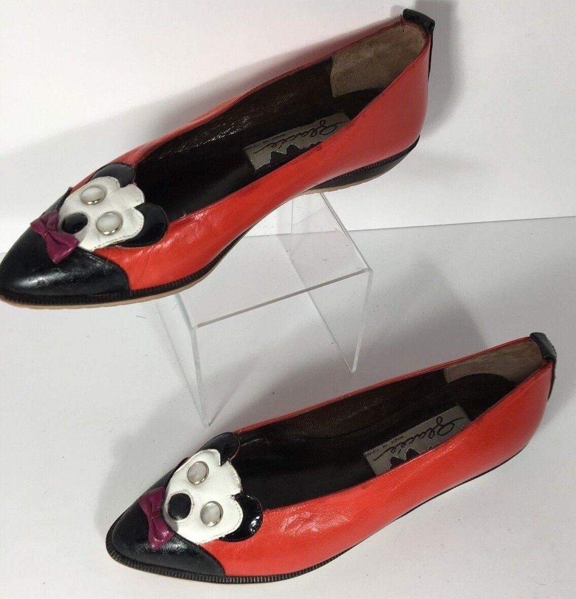 Vintage Rare Women's Glacee Leather Mickey Mouse Style Slip on Flat shoes Size 6M