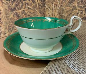 ANSLEY-Fine-Bone-China-Tea-Cup-And-Saucer-Elegant-GREEN-Floral-Circa-1934-1950-039-s