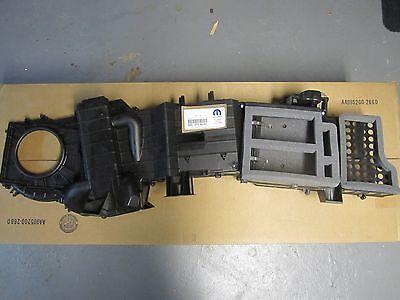 2008-2010 Dodge Ram 1500-5500 A/C Heater Upper Box Housing 68021979AB