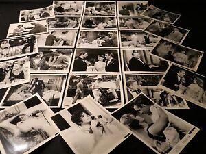 TENDRE EST LA NUIT J Jones Joan Fontaine 37 photos presse argentique cinema 1960 - France - État : Trs bon état: Objet ayant déj servi, mais qui est toujours en trs bon état. Le botier ou la pochette ne présente aucun dommage, aucune éraflure, aucune rayure, aucune fissure ni aucun trou. Pour les CD, le livret et le texte l'arrire - France