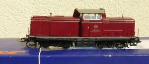 Roco-63984-h0-Locomotive-V-100-2023-de-la-DB-epoque-3-Digital-et-Analog-bien-dans-neuf-dans-sa-boite
