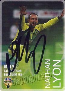 Signed-2014-2015-AUSTRALIAN-Cricket-Card-NATHAN-LYON-Big-Bash-League