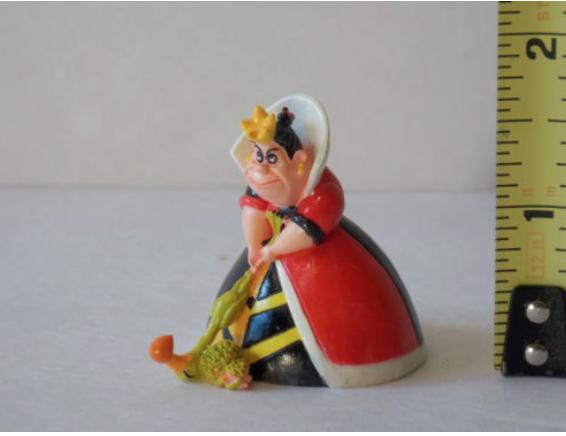 Queen of Hearts Fairy Alice In Wonderland Fairy Hearts Garden Diorama Miniatures Trains 31886b