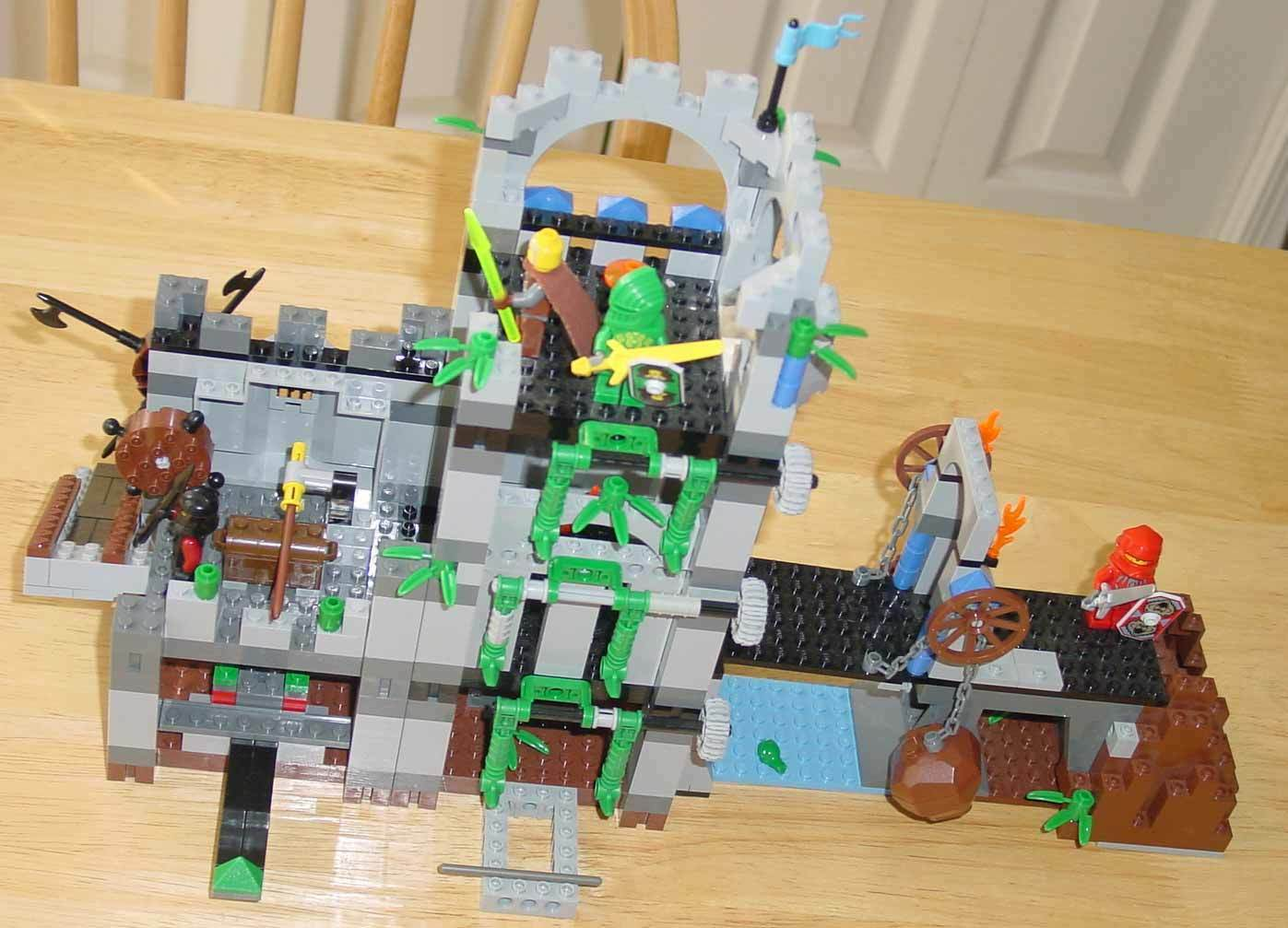 LEGO CASTLE CASTLE CASTLE 8780 KNIGHT'S KINGDOM CITALDEL OF ORLAN - COMPLETE b4a69a