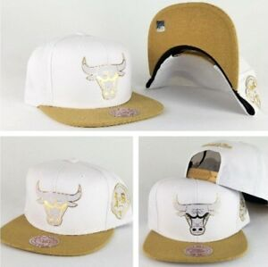 9490f8db Mitchell & Ness NBA Chicago Bulls 6X Champions White / Gold snapback ...