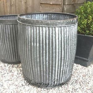 Large vintage style round galvanised metal garden planter for Tin tub planters