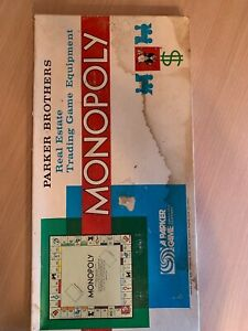 Vintage-Monopoly-Board-Game-1961-Parker-Brothers-Classic-Nearly-Complete