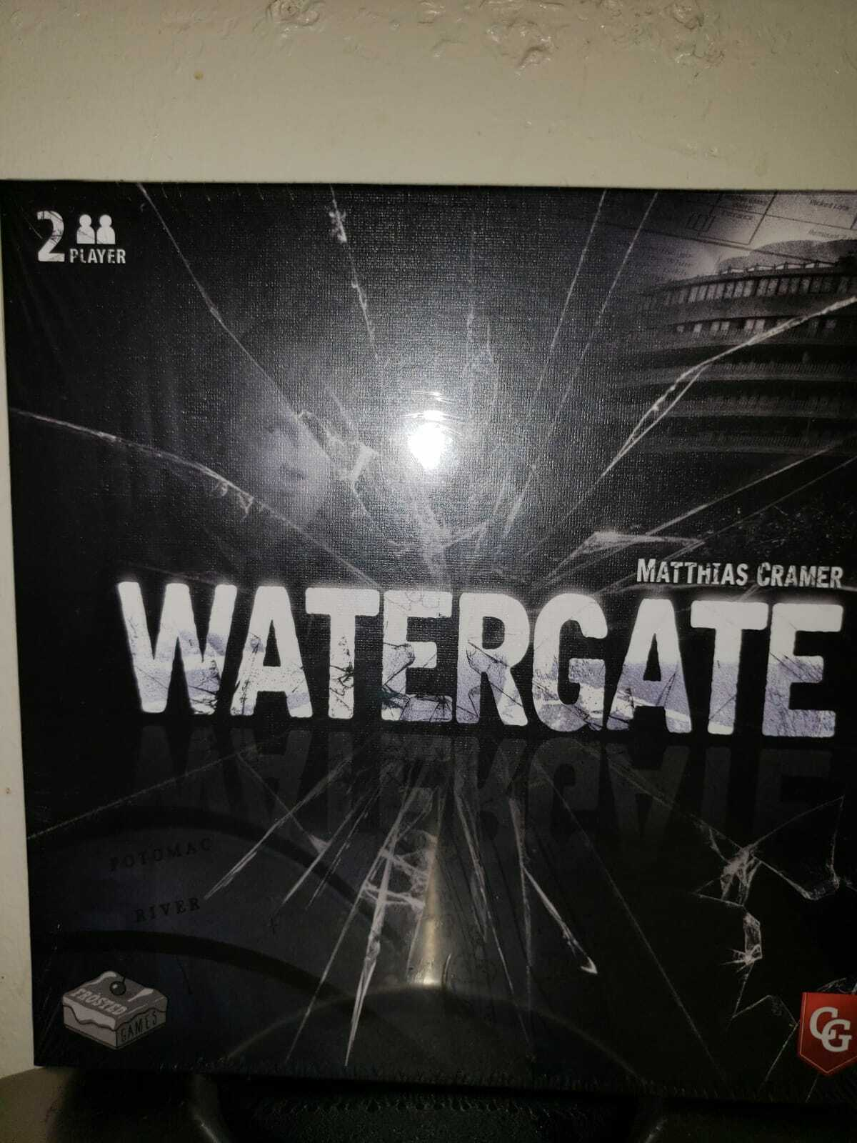 Capstone Games FAST SHIP IN HAND NEW WATERGATE Board Game