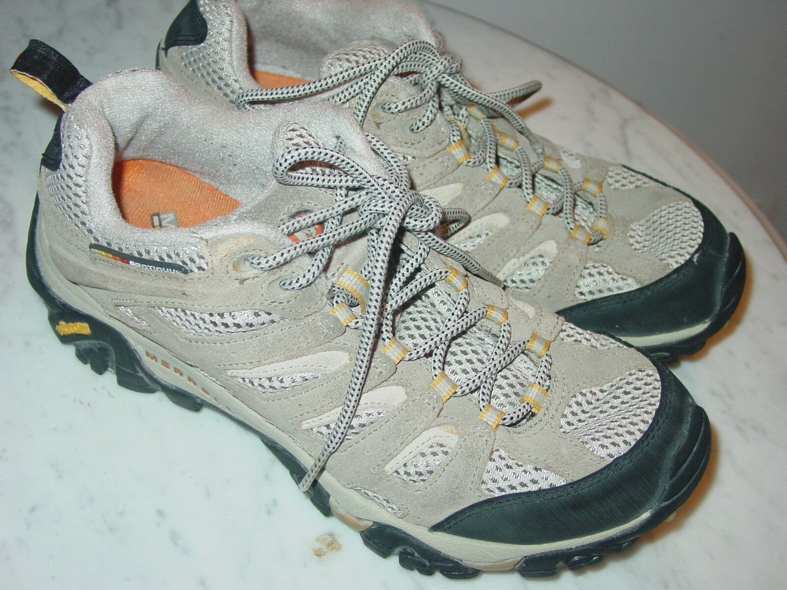 Damenschuhe Merrell Moab Ventilator Taupe J86612 Trail/Hiking Schuhes  Größe 9.5 120.00
