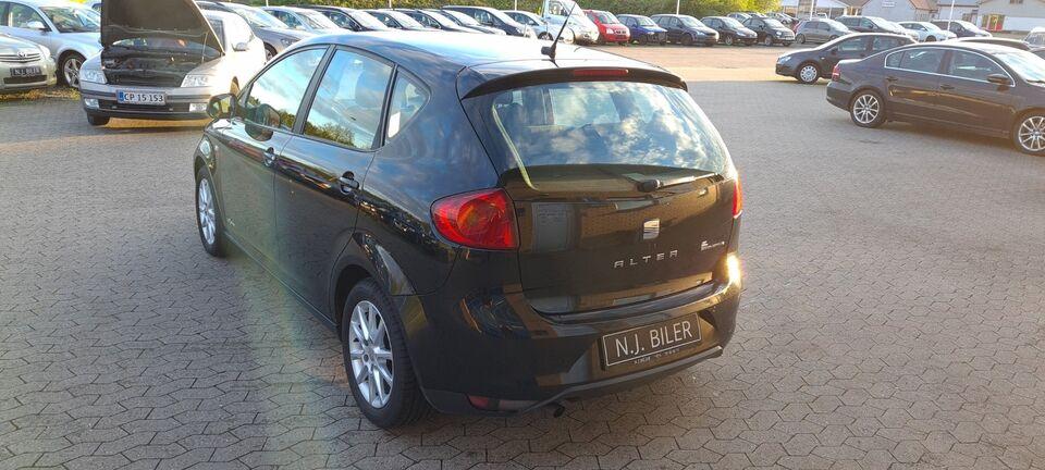Seat Altea 1,6 TDi Style eco Diesel modelår 2013 km 158000