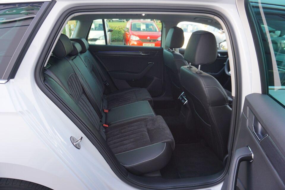 Skoda Superb 2,0 TSi 190 Style Combi DSG Benzin aut.