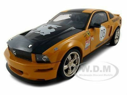 1 18 Shelby Collectibles  2008 Shelby Mustang Terlingua Race Team -Orange