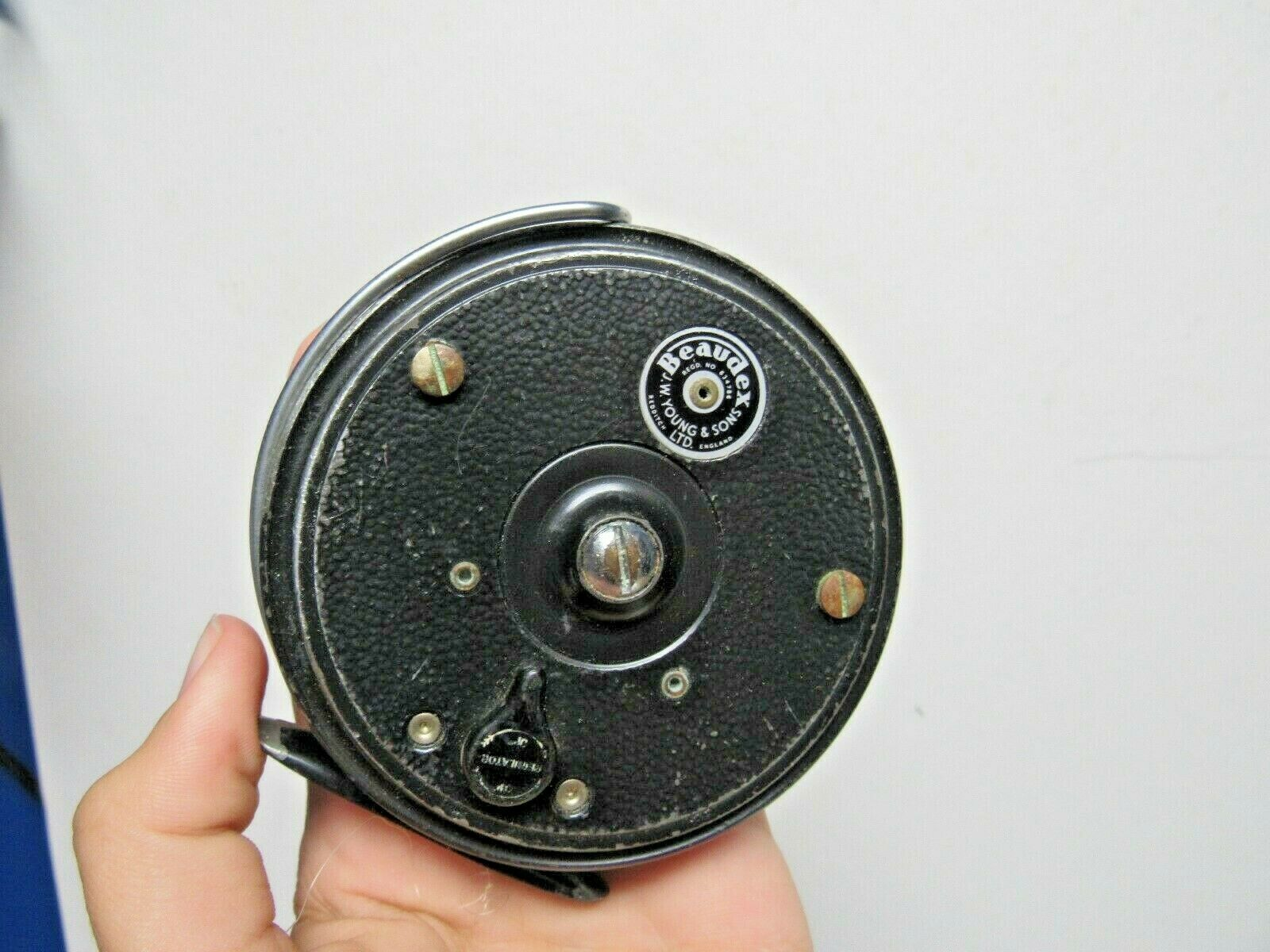 Beaudex J.W.  Young & Sons Fishing Reel  shop makes buying and selling