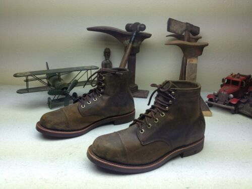 L.L. BEAN CHIPPEWA MADE IN USA DISTRESSED BROWN LE