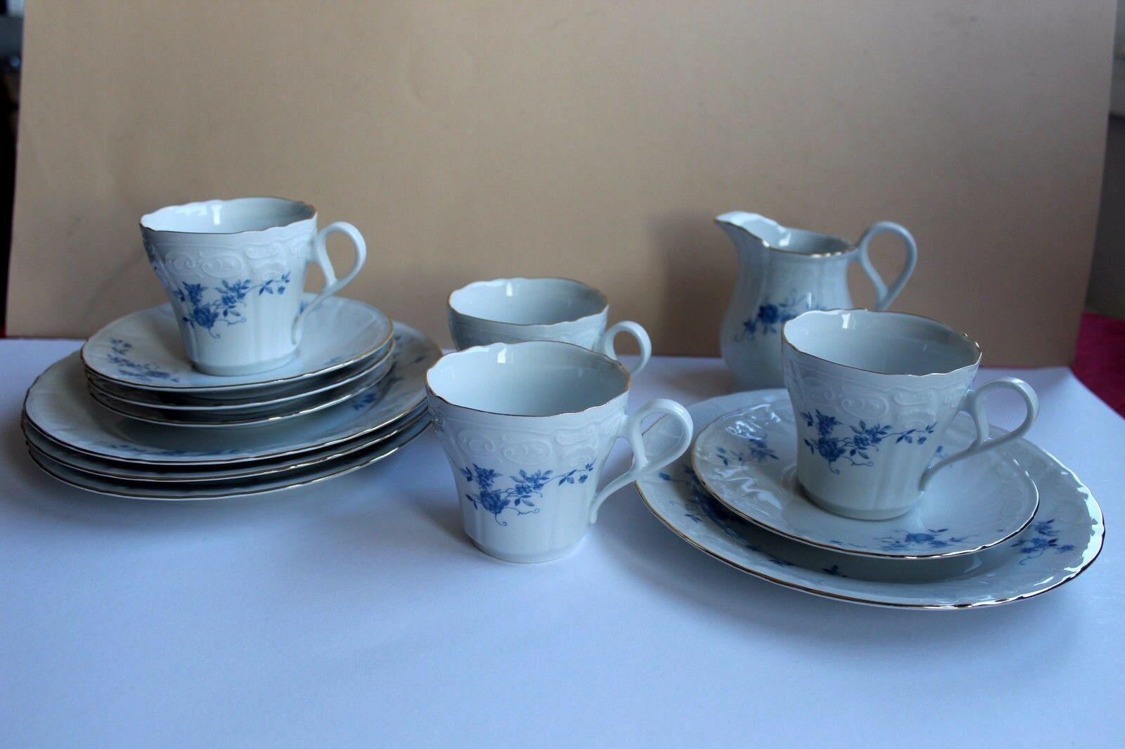 Kaffeeservice für 4 Personen,von Bareuther, Blaumendekor, gewellter Rand