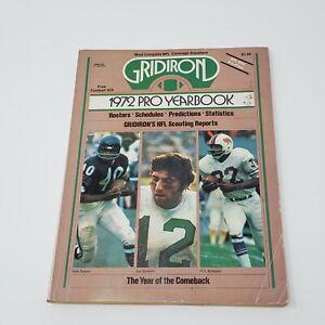 1972 Gridiron Pro Football Yearbook Gale Sayers - Joe Namath - O.J. Simpson