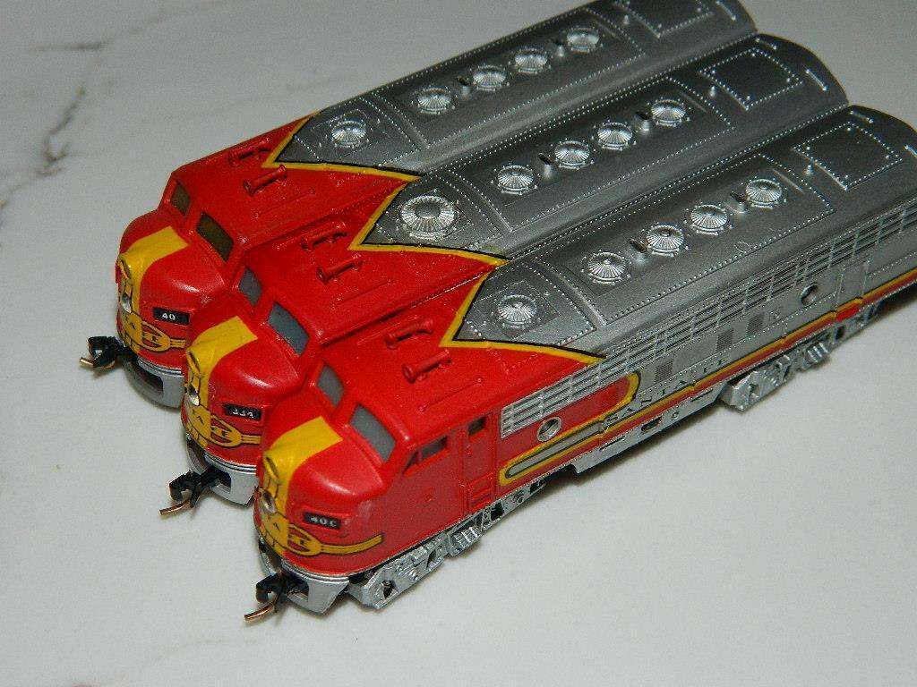 Vintage Minitrix N scale 9mm Santa Fe F7A WarBonnet Lot of 3 Locomotives RARE